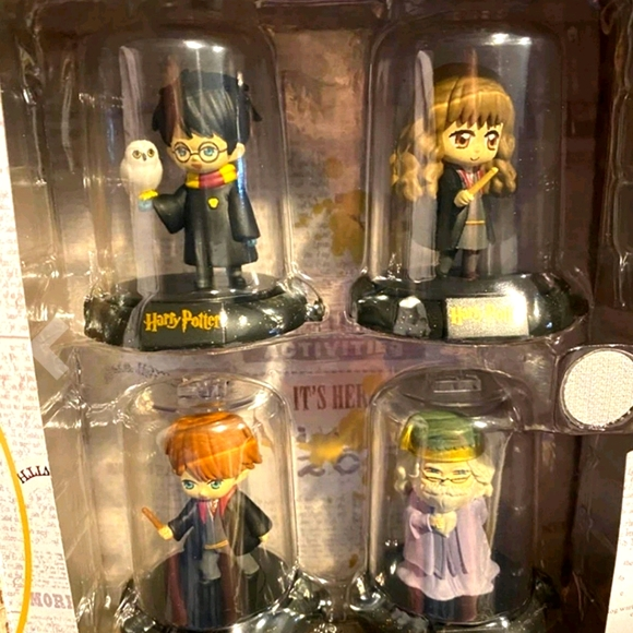 Brand New Harry Potter Figurines All 4 In Box